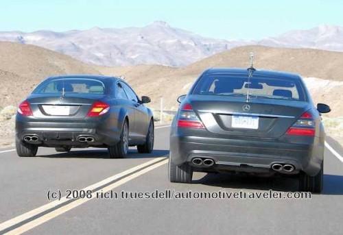La S63 AMG à droite et la CL63 à gauche