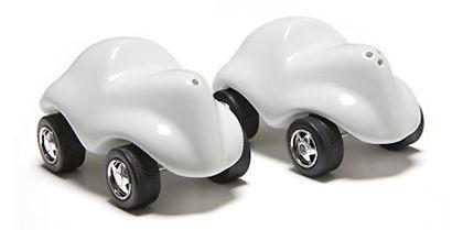 Salière et poivrière automobiles