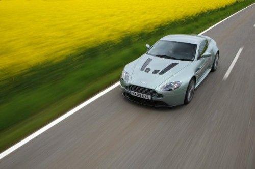 Aston Martin V12 Vantage - de dessus
