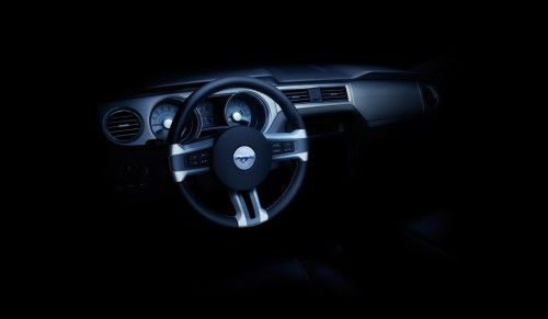 2010_ford_mustang_dashboard