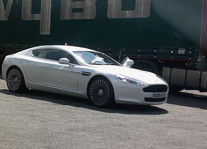 Aston-Martin-Rapide-1