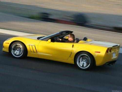 Chevrolet-Corvette_Grand_Sport_2010