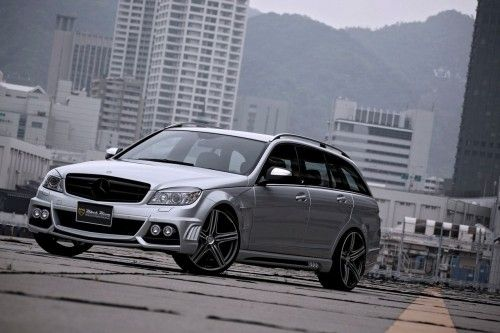 Mercedes Classe C Wagon Black Bison