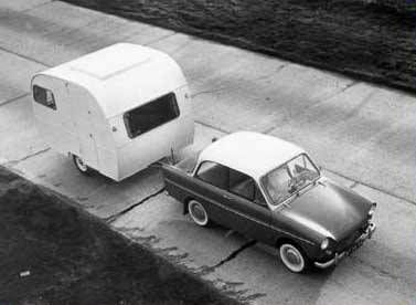 caravane et daf 33