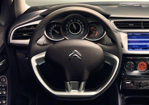 nouvelle Citroen C3-2010 dashboard