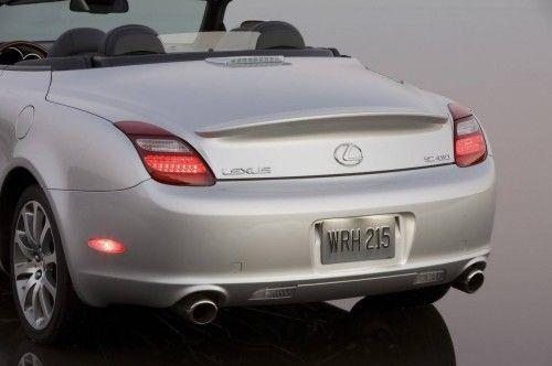 2009-Lexus-SC-430-Rear