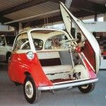 BMW_Isetta_300_1955_bicolore_en _concession