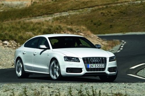 Audi-S5-Sportback-7