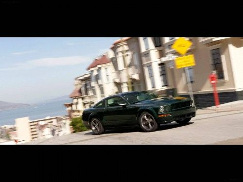 Mustang Bullit 2008 dans les rues de S.Francisco
