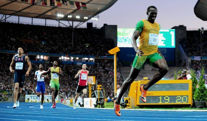 Usain_Bolt_200m
