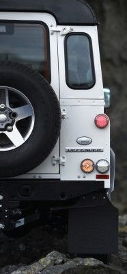 land-rover-defender-ice-8