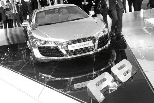 Audi-R8-Chrome-5