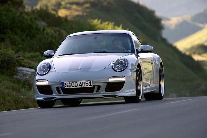 Porsche_911_Sport-Classic_03