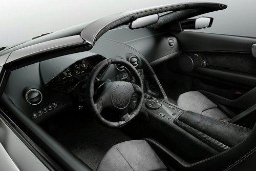Reventon_Roadster_03