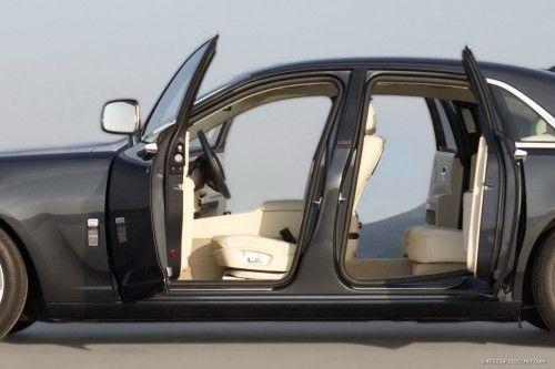 Rolls-Royce-Ghost-28