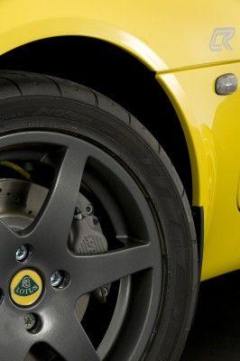 lotus_elise_club_racer_detail_2_yellow