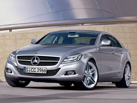 0809_01_z+2010_mercedes-Benz_cLS+front_three_quarter_view