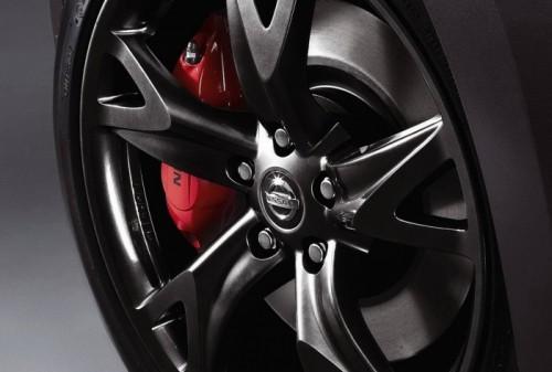 2010-Nissan-Fairlady-Z-Coupe-8