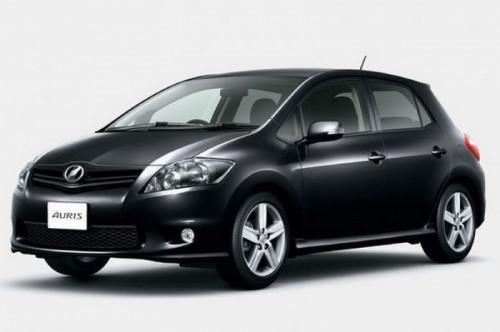 2010-Toyota-Auris-2