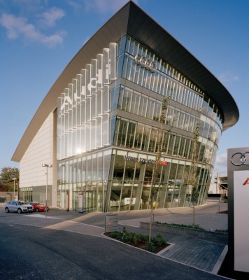 Audi-Center-West-London-4