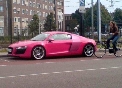 Audi R8 Pink