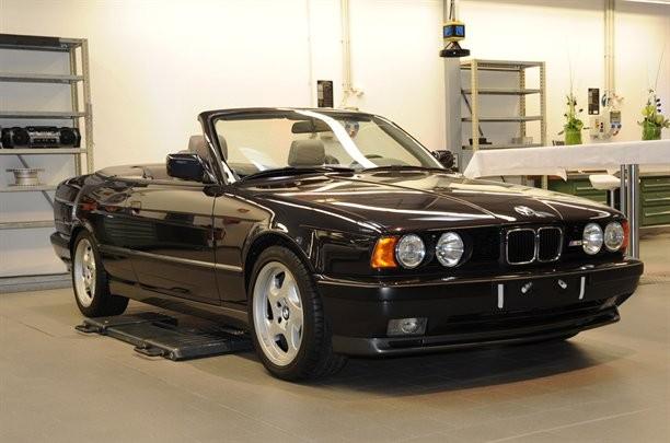 BMW-M5-E34-cabrio