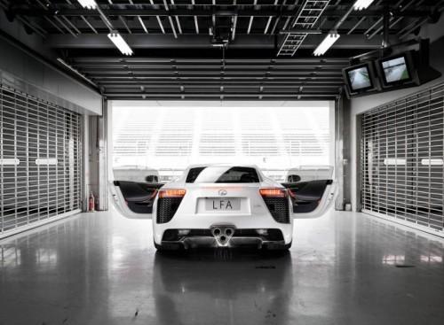 Lexus-LFA_2011_6