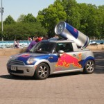 Red_Bull_Mini_Cooper_S_in_Flushing