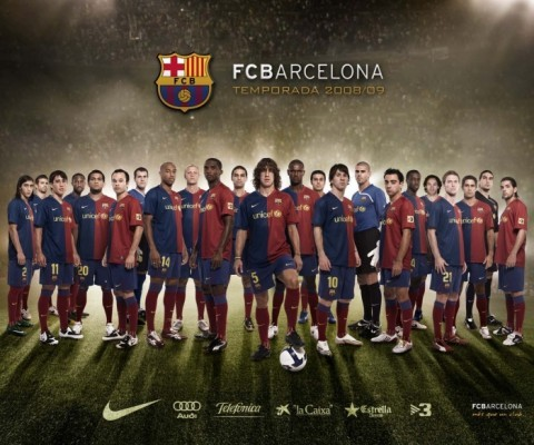 football-soccer-wallpaper_barcelona-team-squad_01_1152x900