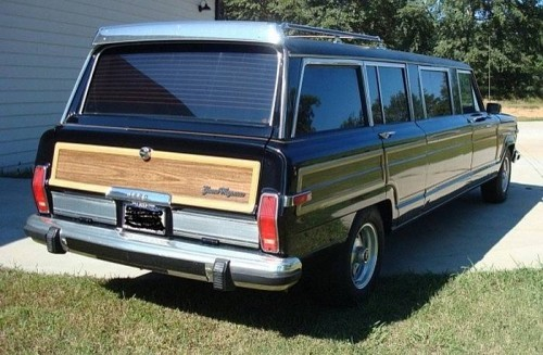 grand-wagoneer-limo-large-2