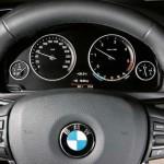 2011-BMW-5-Series-45