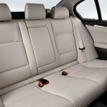 2011-BMW-5-Series-48