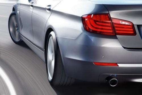 2011-BMW-5-Series-64