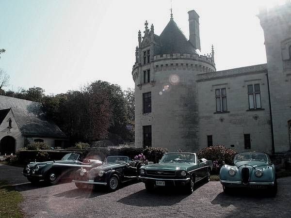 Chateau-de-Breze-voitures