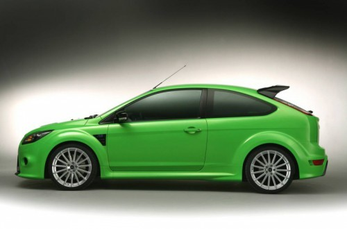 Ford-Focus-RS-Side