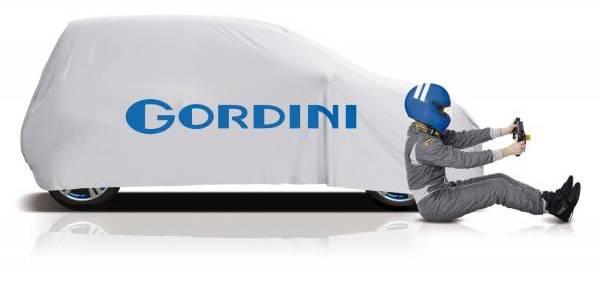 Gordini le vrai retour du marketing avec deux bandes blanches
