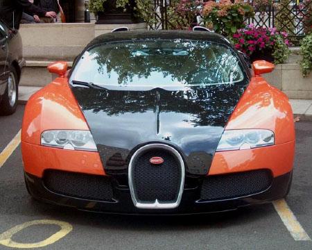 bugatti_16_4_veyron_01