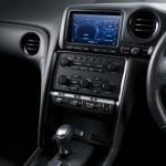 2011-Nissan-GT-R-SpecV-15