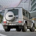 Mercedes_SLS_AMG_Desert_Gold_en_G55_AMG_02