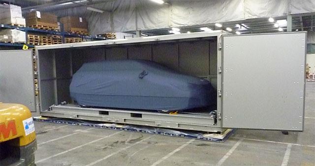 Lexus-ct-200h-in-the-box