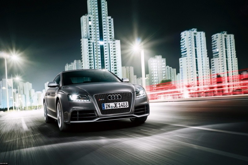 2011-Audi-RS5-Coupe-9