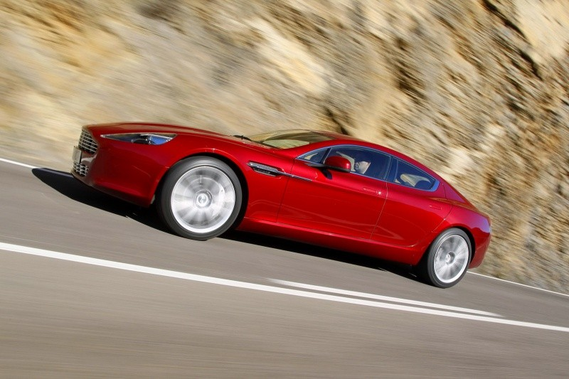 Aston-Martin-Rapide-53