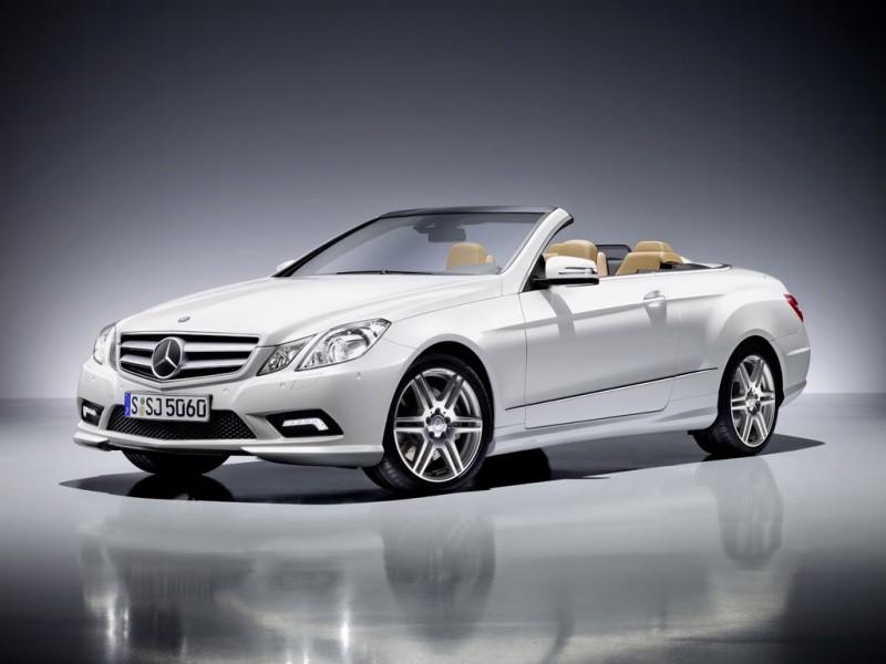2010-Mercedes-E-Class-Cabrio-AMG-3