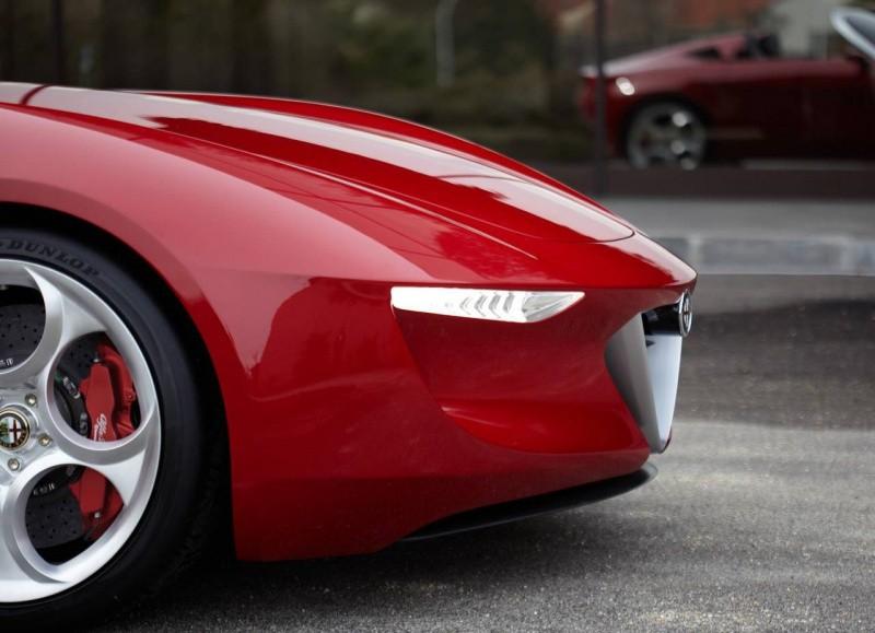 Alfa_Romeo-2uettottanta_Concept_2010_0b