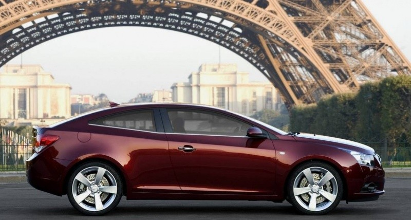 Chevrolet Cruze Coupé 2011-2012