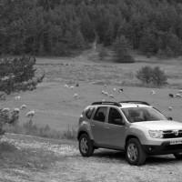 Photo DD.32 200x200 Dacia Duster 2010 : A partir de 11.900€... avec le plein de vidéos et encore plus de photos !