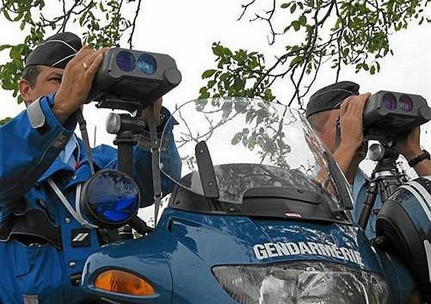 Gendarmerie-en-controle_radar_ouestfrance_