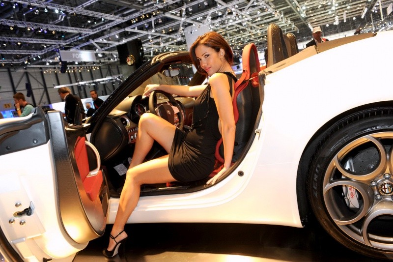 Geneva-Show-Girls-155