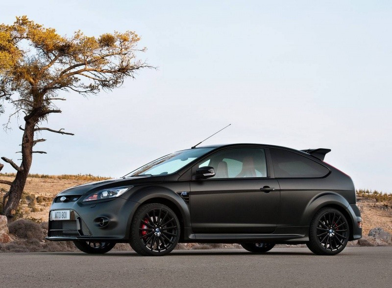 Ford-Focus_RS500_2011