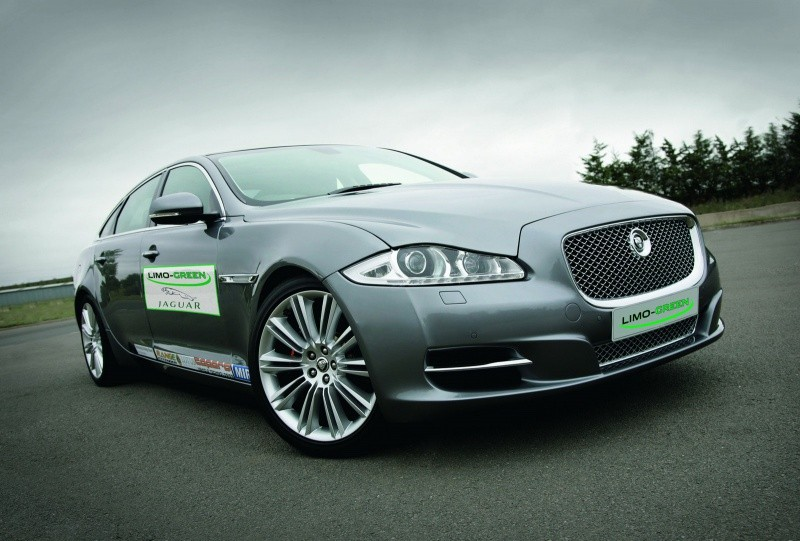 Jaguar-XJ-Limo-Green-1
